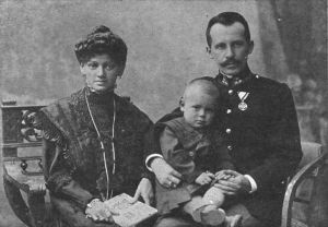 1024px-Emilia_and_Karol_Wojtyla_with_Edmund
